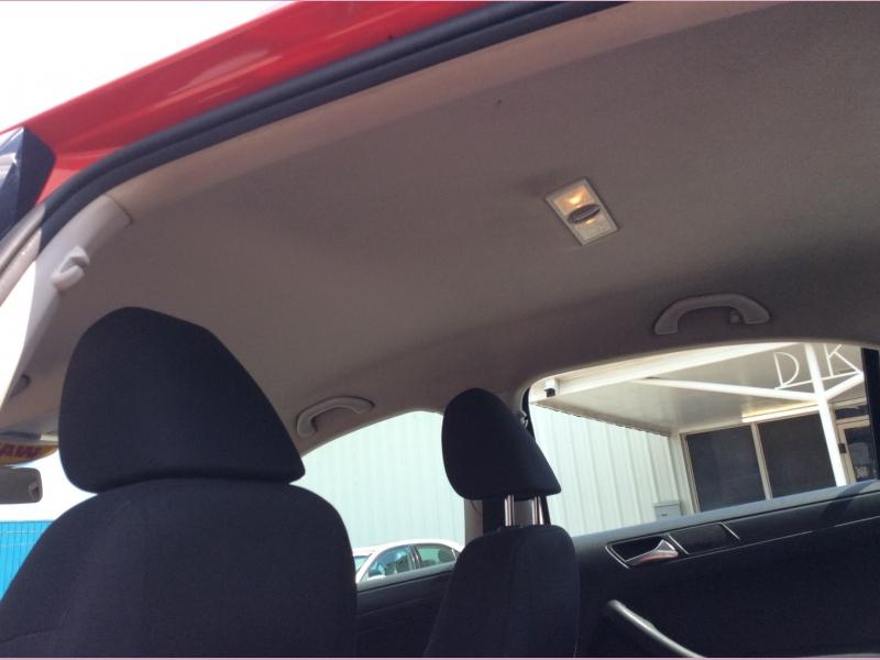Volkswagen Jetta Sedan 2013 price