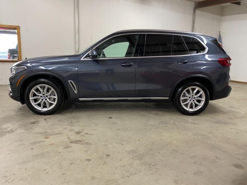 BMW X5 2019 price $48,900
