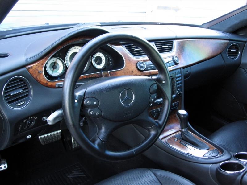 Mercedes-Benz CLS-Class 2006 price $19,999
