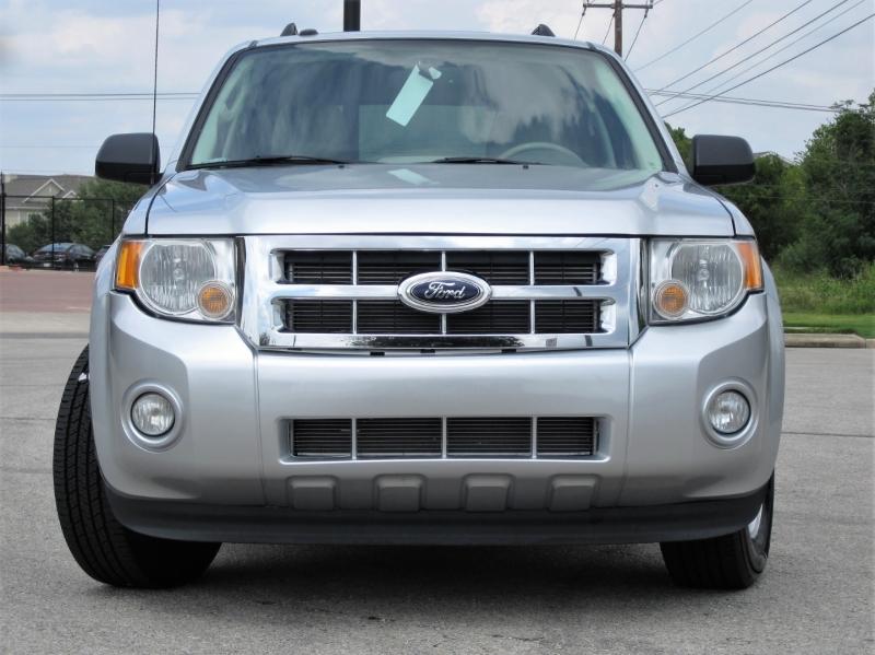 Ford Escape 2012 price $9,999
