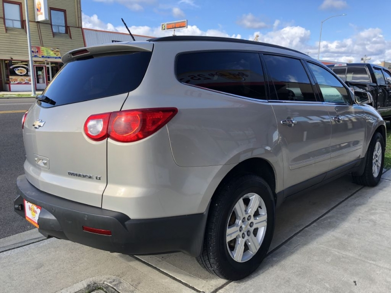 CHEVROLET TRAVERSE 2011 price $10,999