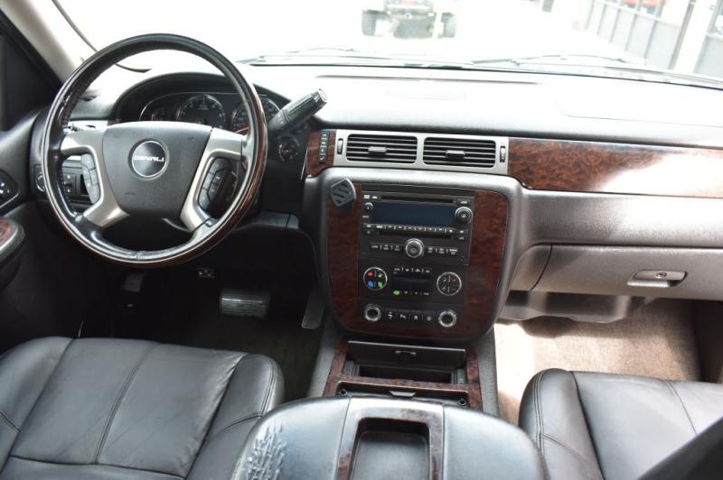 GMC YUKON 2008 price $15,999