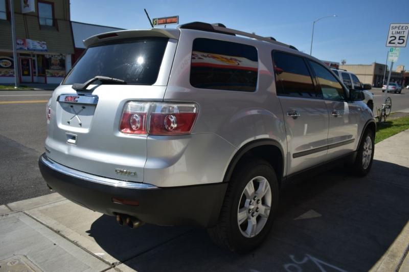 GMC ACADIA 2010 price $9,999
