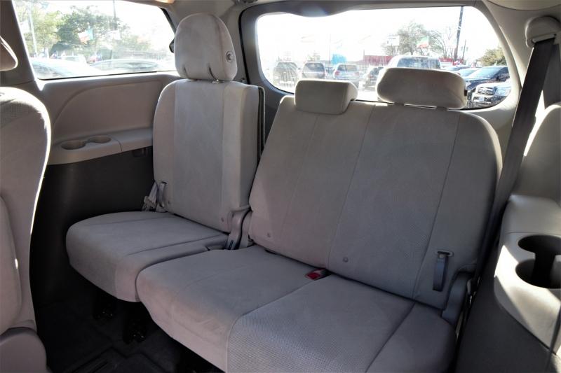 Toyota Sienna 2017 price Call