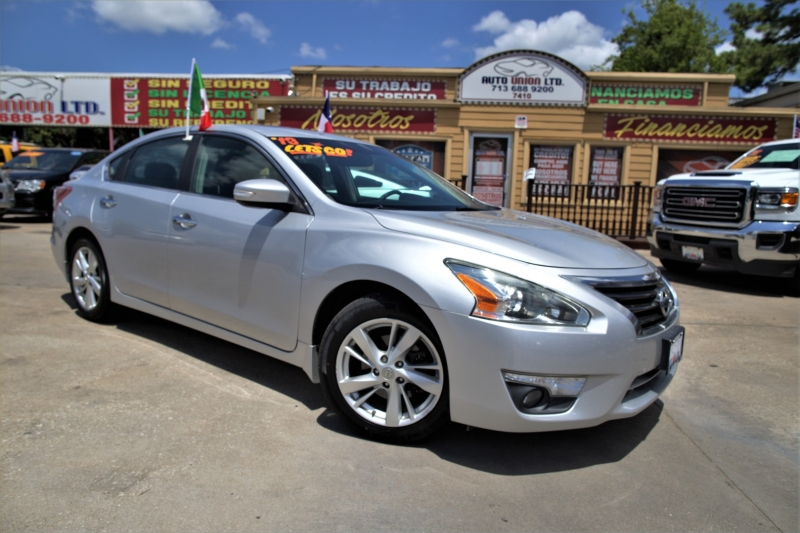 Nissan Altima 2013 price Call