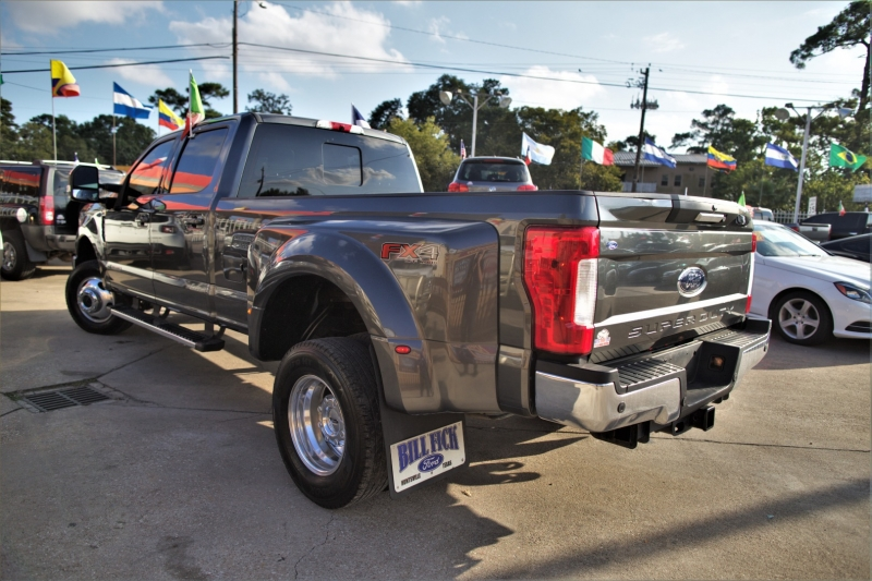 Ford Super Duty F-350 DRW 2018 price Call