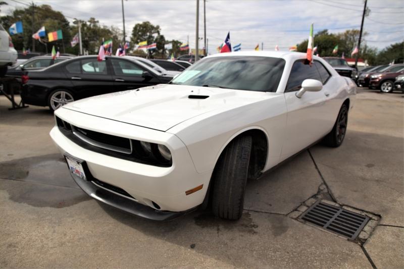 Dodge Challenger 2014 price Call