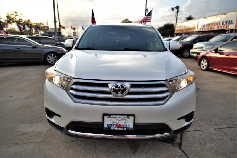 Toyota Highlander 2013 price Call