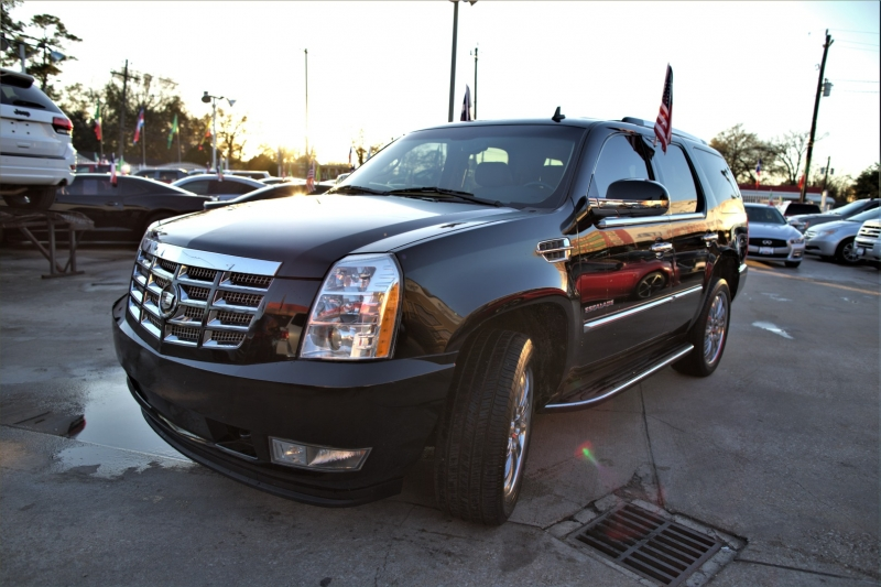 Cadillac Escalade 2011 price Call
