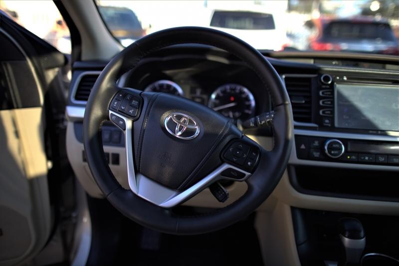 Toyota Highlander 2014 price Call