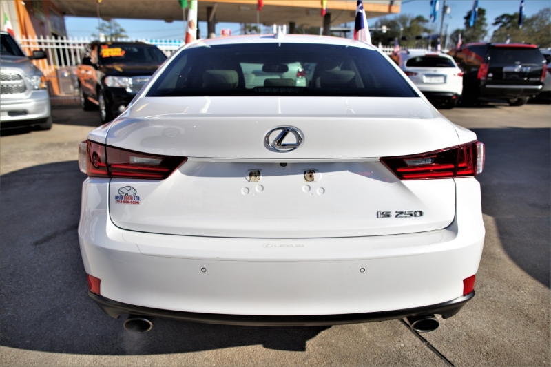 Lexus IS 250 2015 price Call