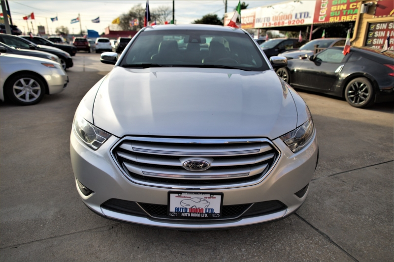 Ford Taurus 2017 price Call