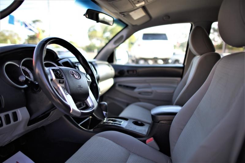 Toyota Tacoma 2015 price Call
