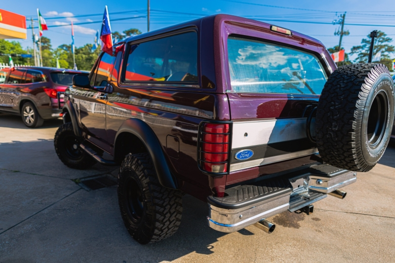 Ford Bronco 1992 price Call