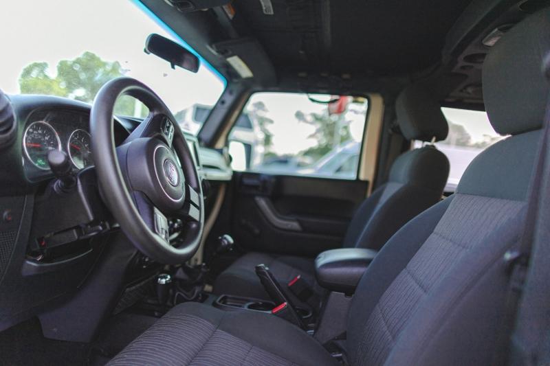 Jeep Wrangler 2012 price Call