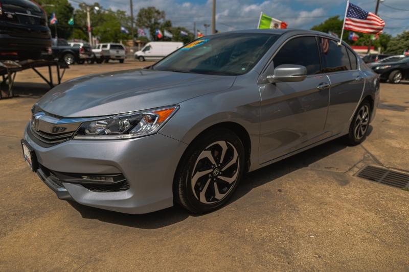 Honda Accord Sedan 2016 price Call