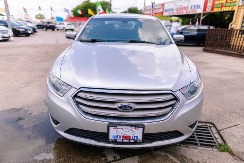 Ford Taurus 2015 price Call