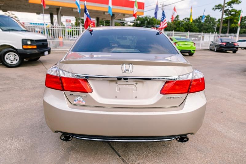 Honda Accord Sedan 2014 price Call