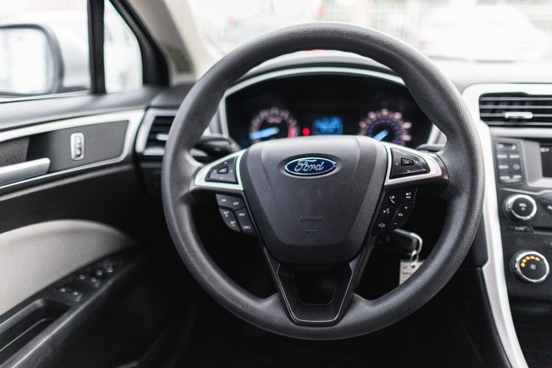 Ford Fusion 2016 price Call