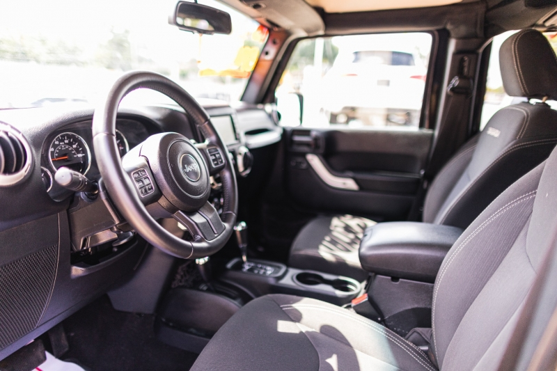 Jeep Wrangler Unlimited 2016 price Call