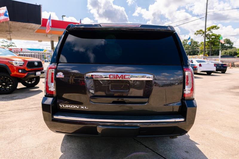 GMC Yukon XL 2017 price Call