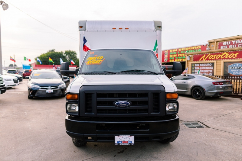 Ford Econoline Commercial Cutaway 2013 price Call