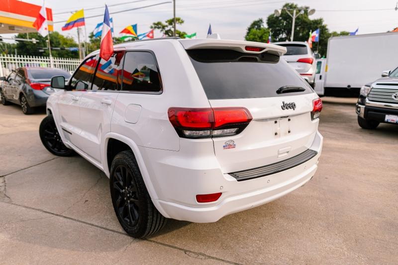 Jeep Grand Cherokee 2018 price Call