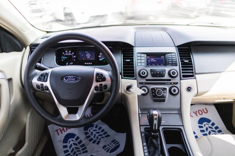 Ford Taurus 2016 price Call