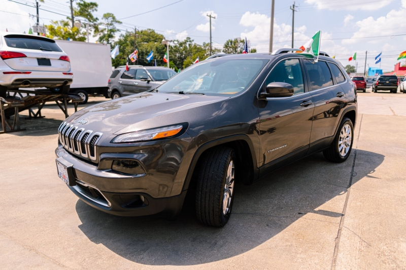 Jeep Cherokee 2014 price Call