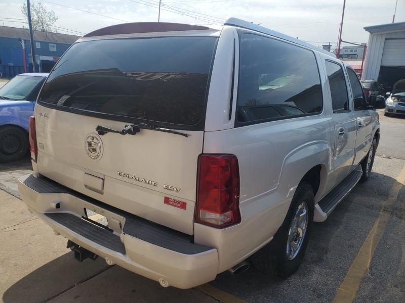 Cadillac Escalade ESV 2004 price $4,495