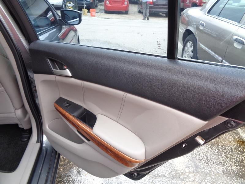 Honda Accord Sdn 2012 price $6,995