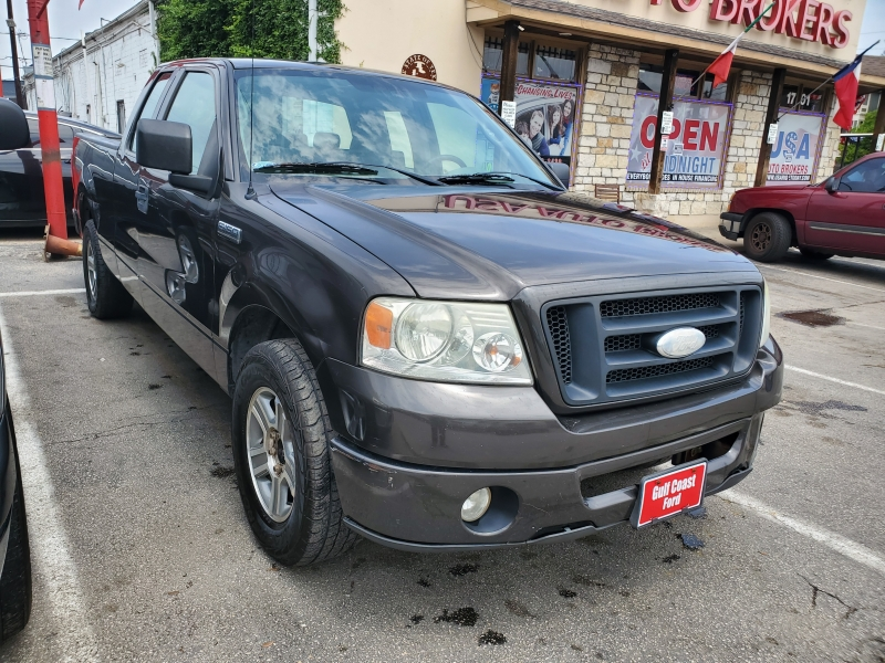 Ford F-150 2006 price $4,495