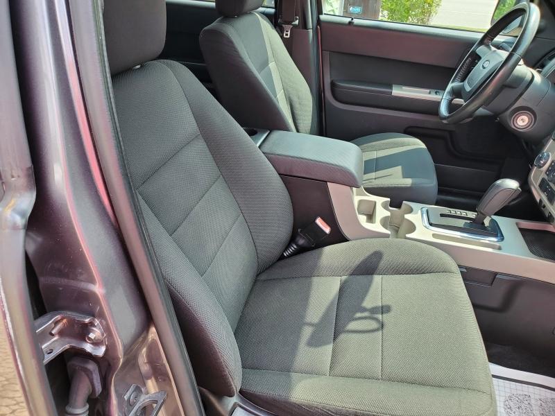 Ford Escape 2009 price $4,495