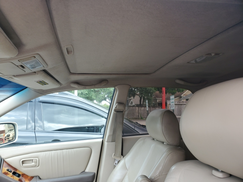 Lexus RX 300 2000 price $3,995