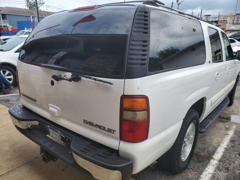 Chevrolet Suburban 2001 price $3,495