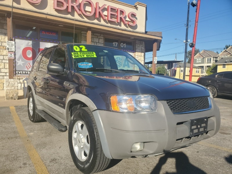 Ford Escape 2002 price $3,995