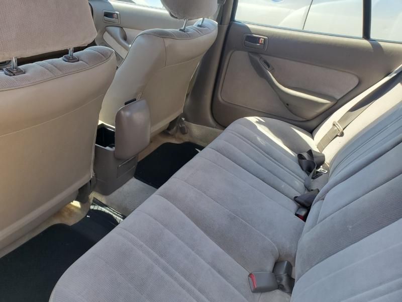 Toyota Camry 1996 price $1,995