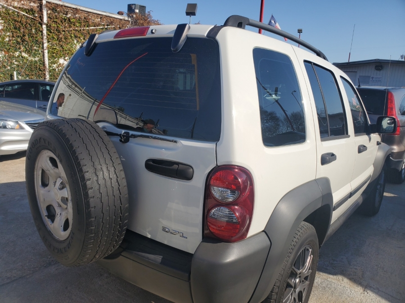 Jeep Liberty 2006 price $5,495