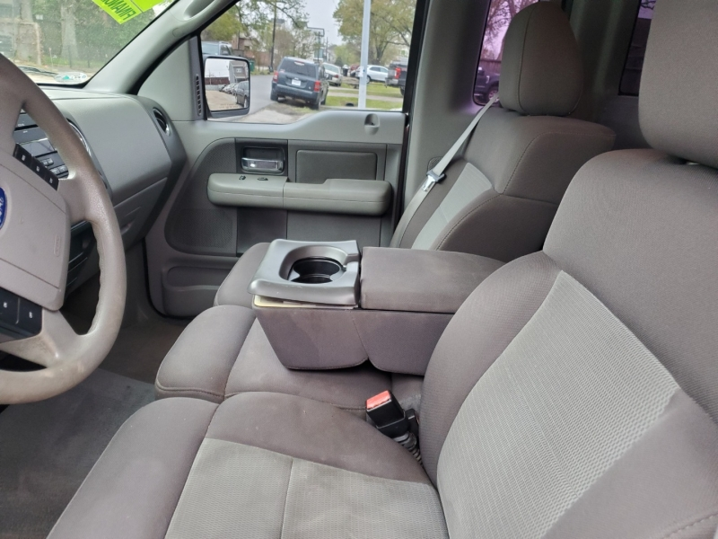 Ford F-150 2004 price $5,495