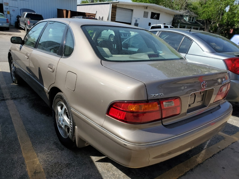 Toyota Avalon 1999 price $4,495