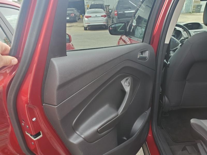 Ford Escape 2013 price $10,995