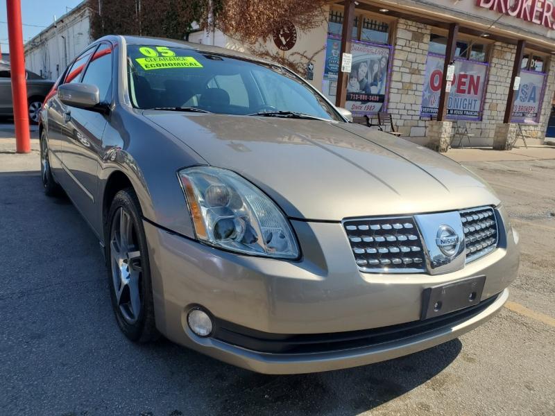 Nissan Maxima 2005 price $6,495
