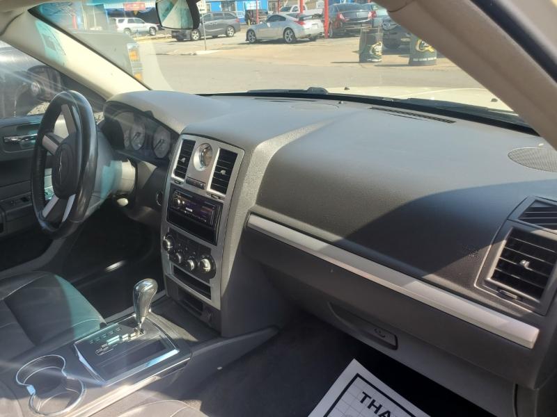 Chrysler 300 2010 price $6,995