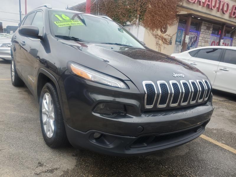 Jeep Cherokee 2016 price $9,995