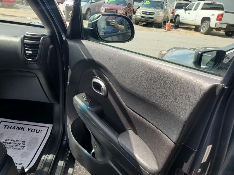 Kia Soul 2014 price $7,495