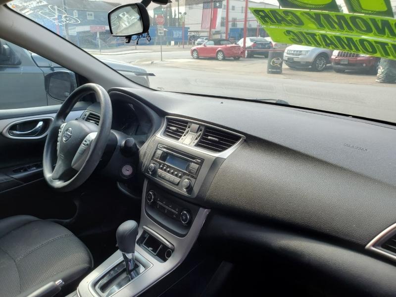 Nissan Sentra 2015 price $7,495