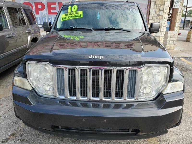 Jeep Liberty 2010 price $7,995