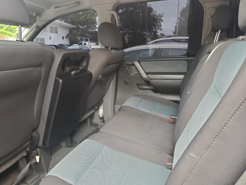 Nissan Titan 2005 price $6,995