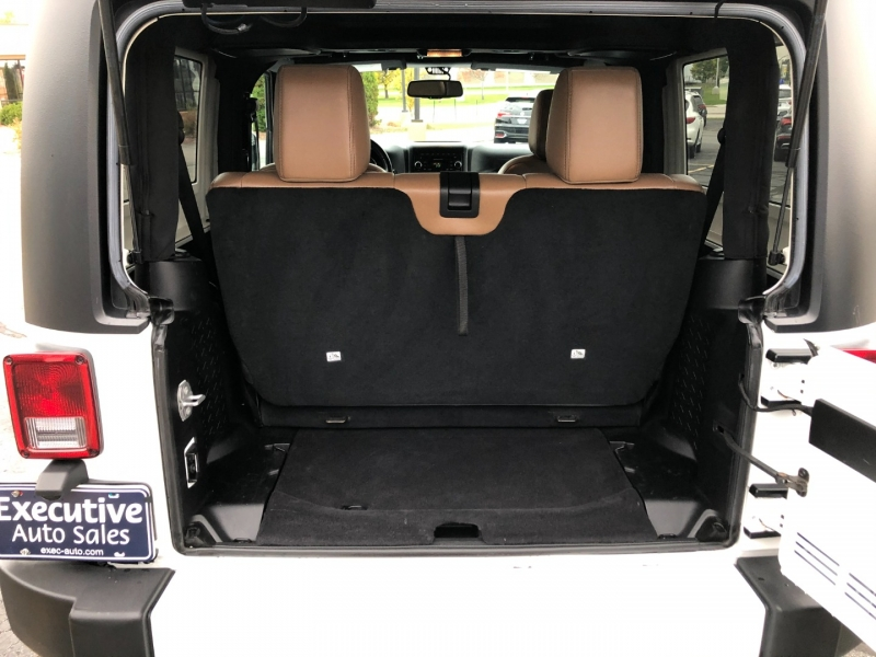 Jeep Wrangler 2016 price $28,990