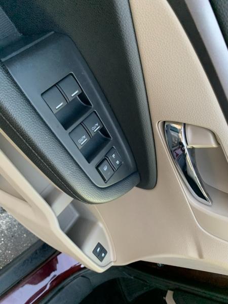 Honda Pilot 2017 price $28,990
